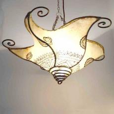 Henna-Deckenlampe aus Leder Kraken Natur H 37 cm