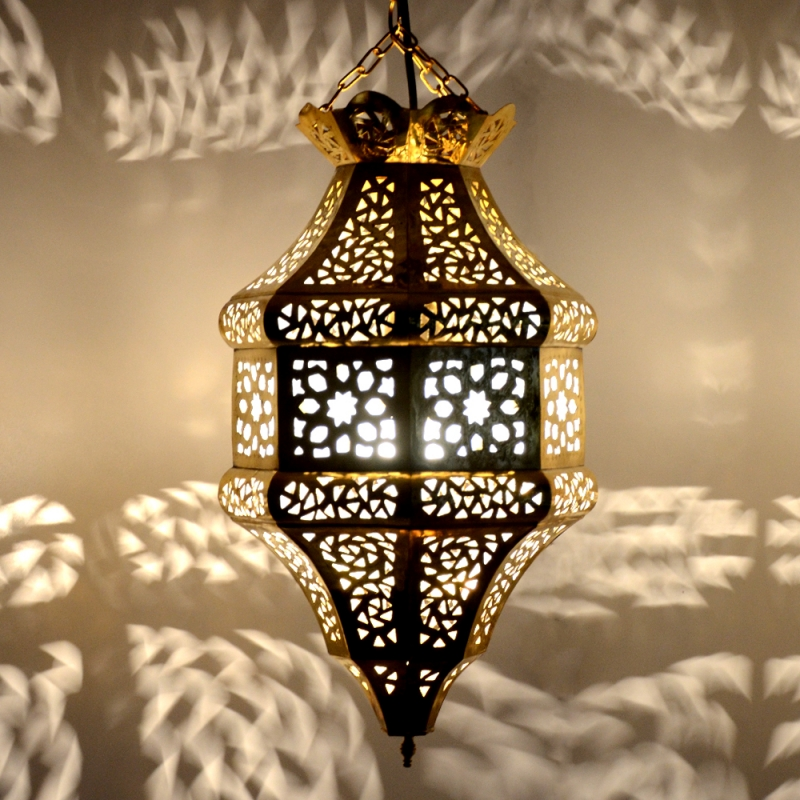 Orientalische Lampe aus Messing MHKT3