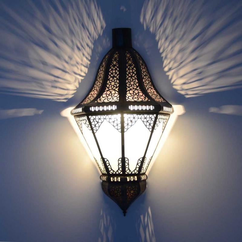Orientalische Wandlampe Beyblade 50 Milchglas H 51 cm