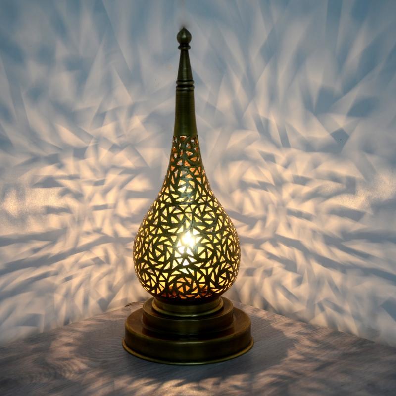 Orientalische lampe aus messing l orient for Orientalische messinglampe